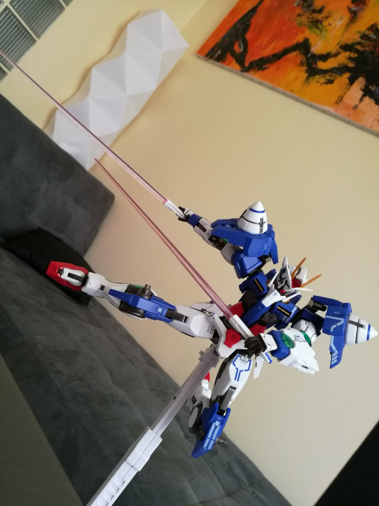 [REVIEW] Gundam 00 Seven Sword Metal Build MC Club..entre larmes,decadence et F5. 207298IMG20161030150547
