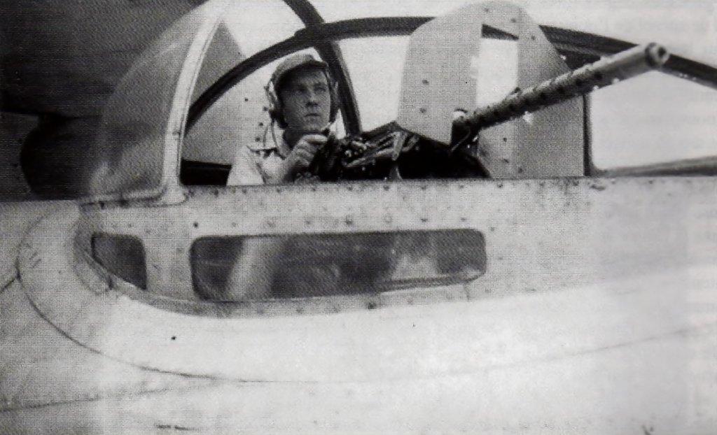 [ Aéronavale divers ] [ 1945-1950 L'histoire des grands oiseaux blancs à tête de loup noir en Indochine 208066img156