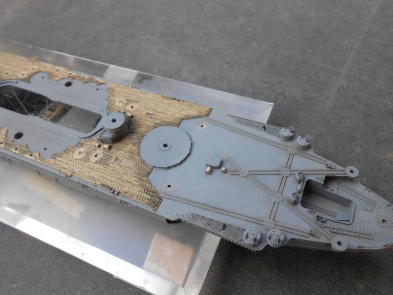 Yamato 1/700 fuji, PE,Pont en bois et babioles - Page 3 209758DSCN6115