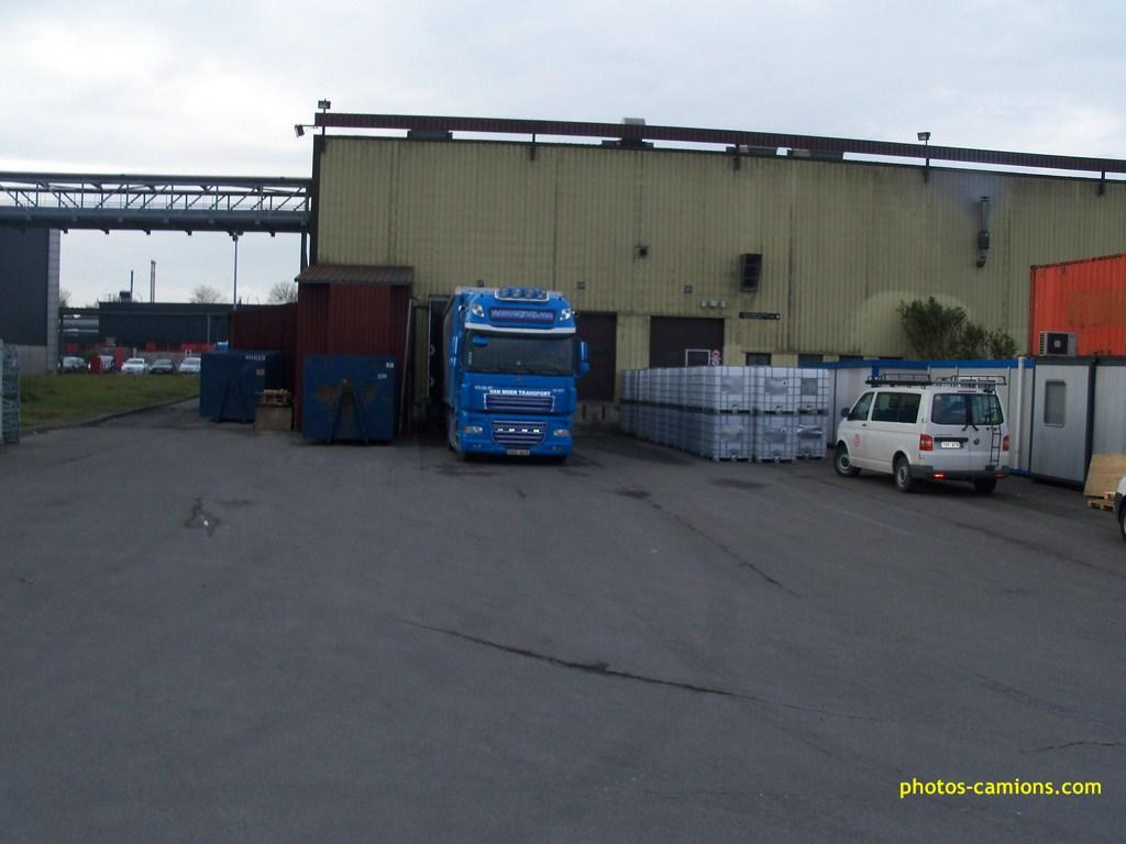 Van Moer Transport  (Zwijndrecht) - Page 2 2136281009858Copier