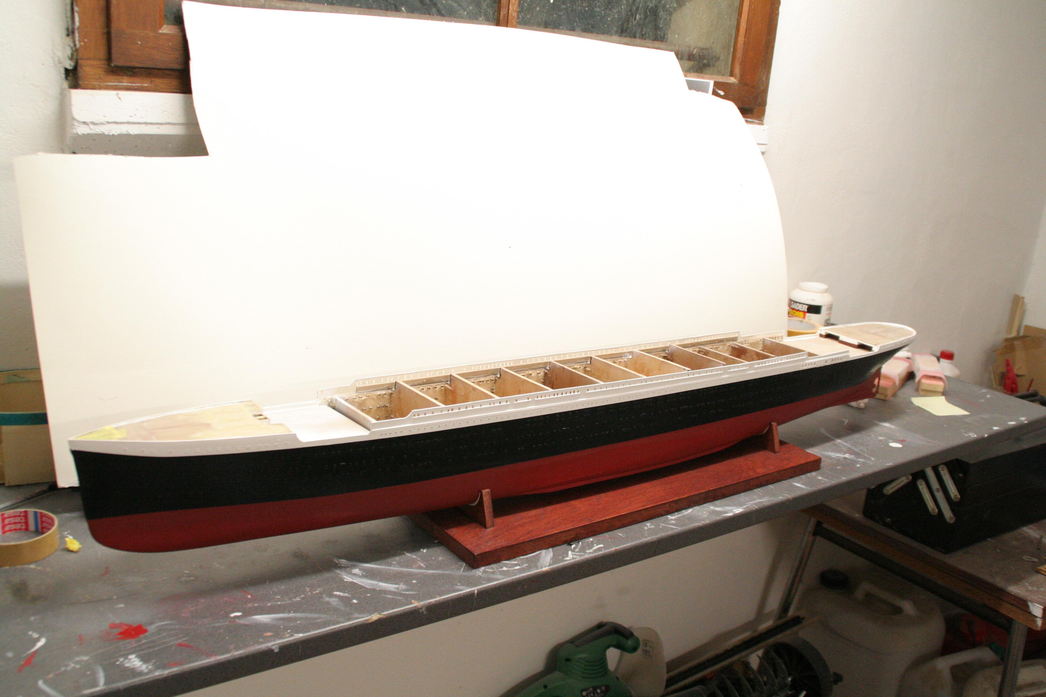RMS Titanic sur plan   au 1/200 216567IMG2413