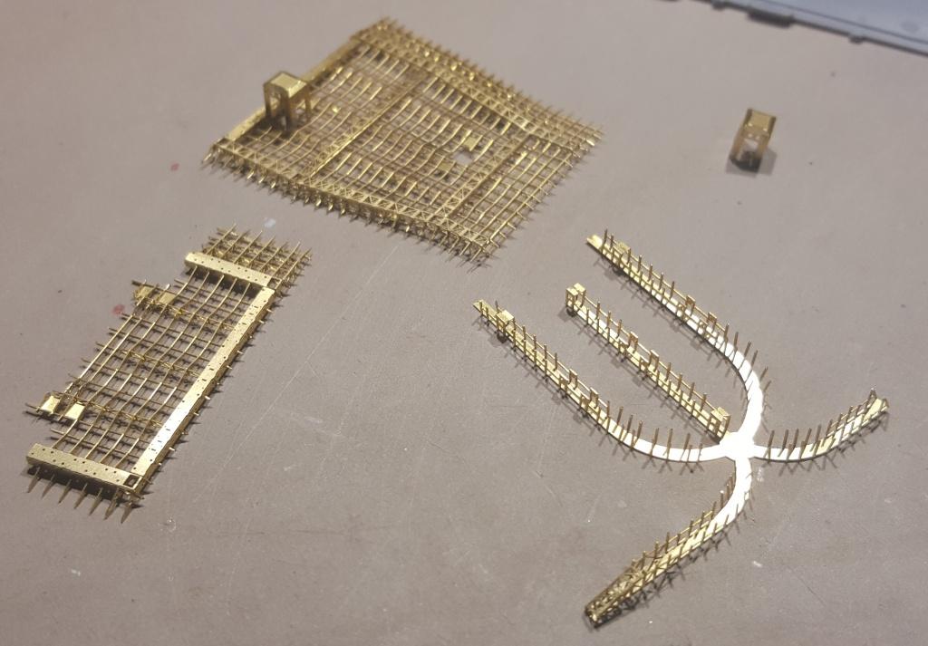 AKAGI 1/700 Hasegawa Kit PE et Pont en bois - Page 3 21743920160410101619