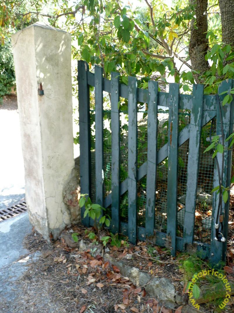 Un portail avec les moyens du bord 220528P1030889mb