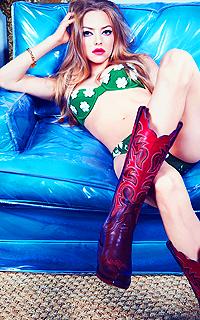 Amanda Seyfried avatars 200x320 pixels 220837avahot2