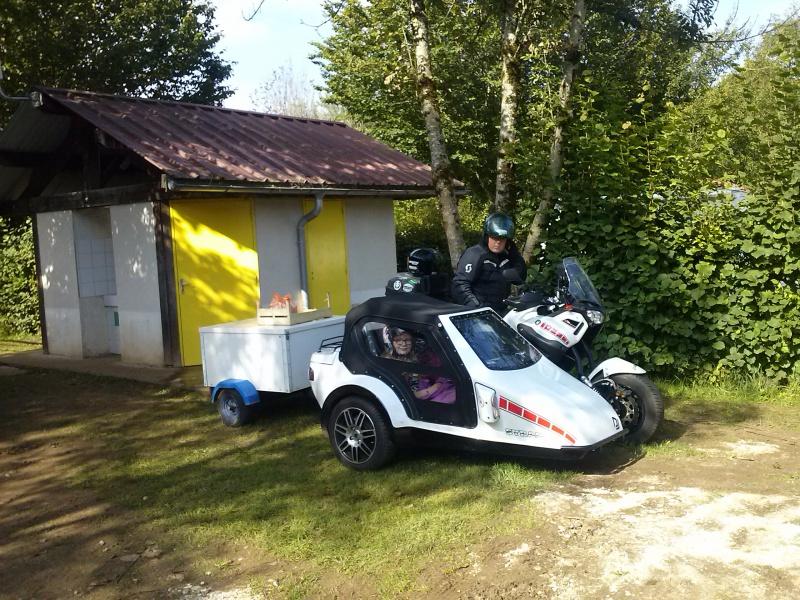 Un nouveau 2 roues au garage 221094CAM00850