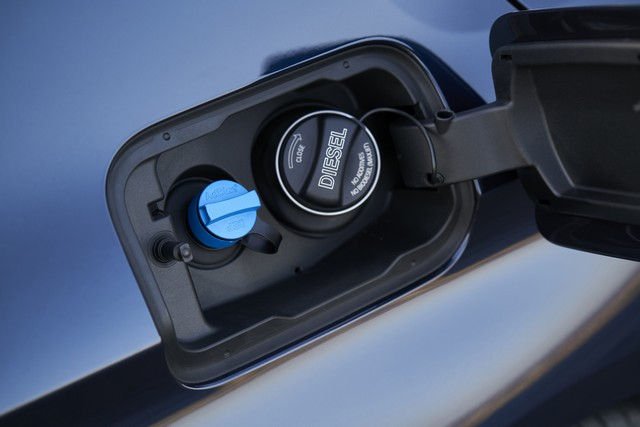La nouvelle BMW Série 5 Berline. Plus légère, plus dynamique, plus sobre et entièrement interconnectée 224660P90237288highResthenewbmw5series