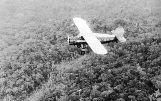 Les pilotes de brousse sont de sortie 225998aviondublanc1