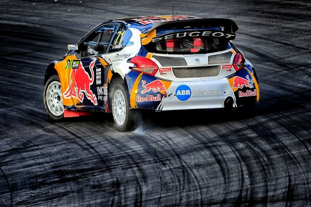 Rallycross - Sébastien Loeb remporte sa première victoire au volant de la PEUGEOT 208 WRX ! 233416wrx201610010087