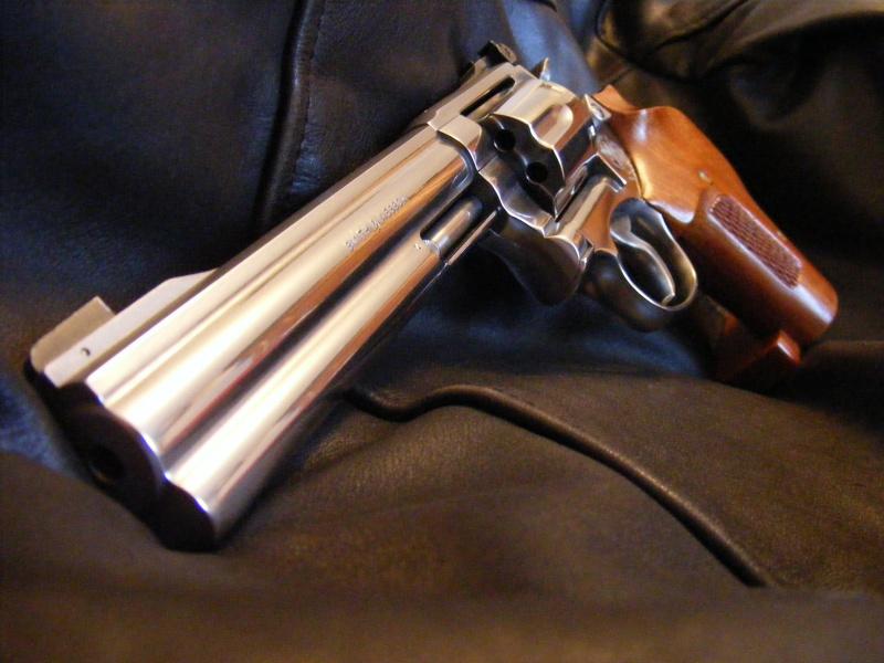 Smith & Wesson 617 234236SW1