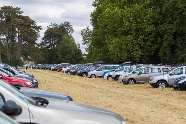 La famille Dacia au grand complet pour le Grand Pique-Nique 2017 2343889309516