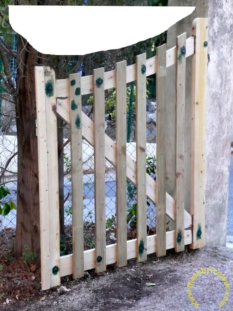 Un portail avec les moyens du bord - Page 4 234887P1030969mb