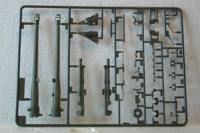 AMX 13 canon de 155 1/35ème Réf L 782 236257AMX13155782020Heller135
