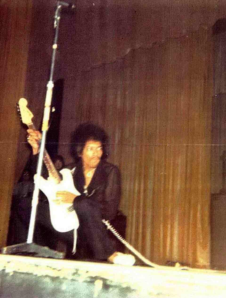 Baton Rouge (Independence Hall Lakeshore Auditorium) : 30 juillet 1968 23676419680730BatonRouge