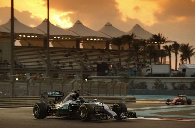 F1 GP d'Abu Dhabi 2015 (éssais libres -1 -2 - 3 - Qualifications) 2373442015NicoRosberg1
