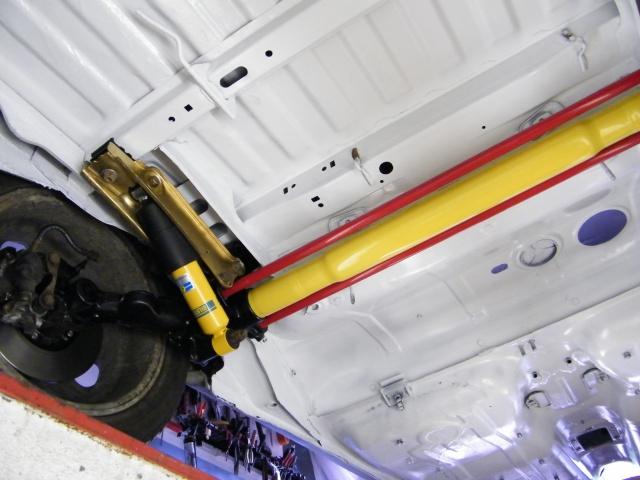 moyeux et roulement de roue du train arrière gti 1L9 238379DSCF1956
