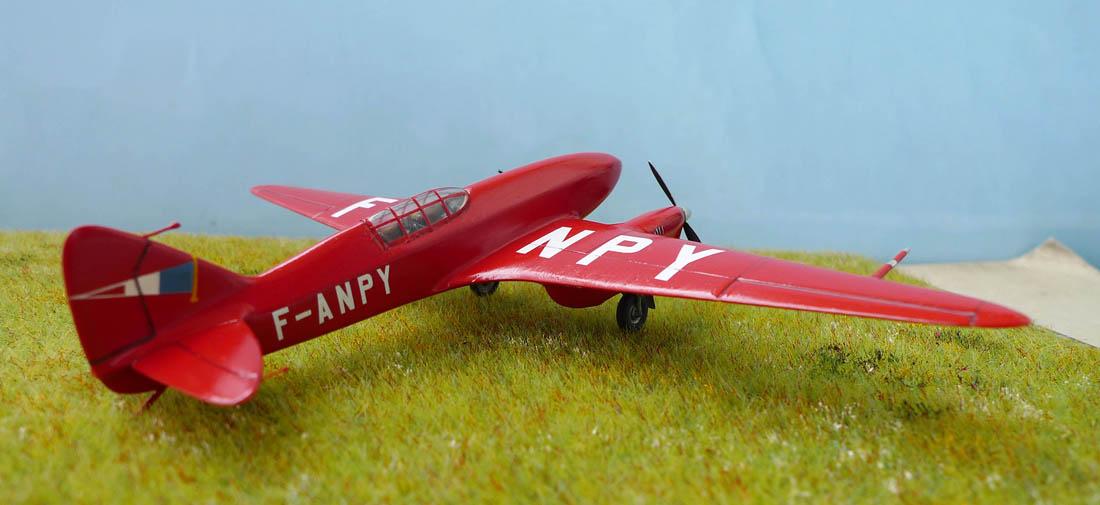 [Airfix + conversion Whirlybird] De Havilland 88 Comet... Français 238412Dh88Comet29