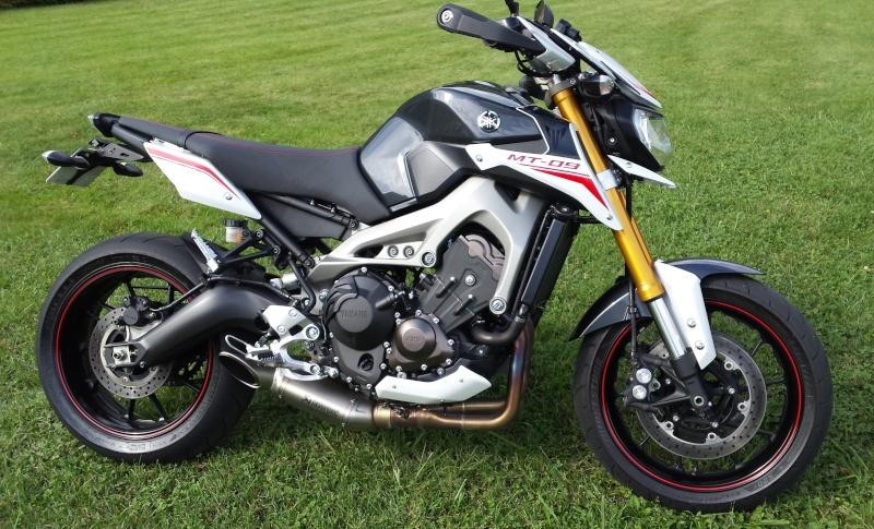 Photos de toutes les Yamaha MT-09 du forum ! :) - Page 25 240352YJL73