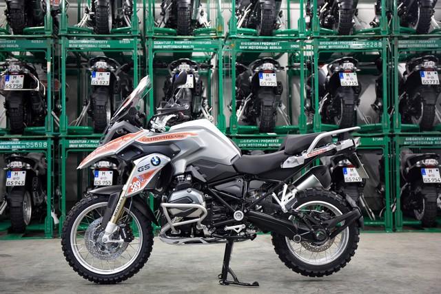 114 BMW R 1200 GS dans les starting blocks pour le BMW Motorrad International GS Trophy 2016 244340P90206576highResbmwmotorradinterna