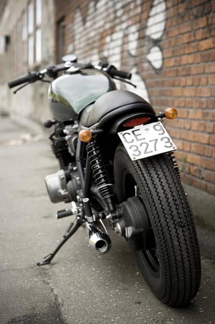 Kawa Z 1000 (st?) 246643KawasakiZ1000STmotorcycle740x1110