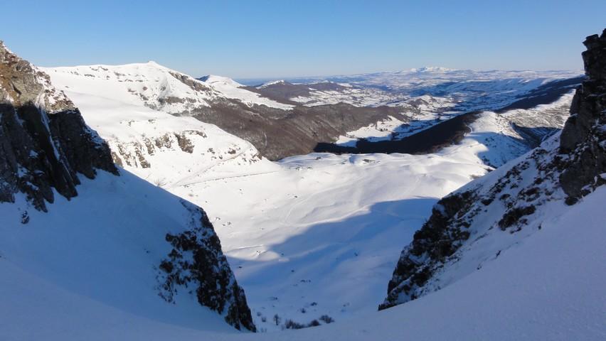 Ascension des monts du cantal en hiver 249419DSC03090