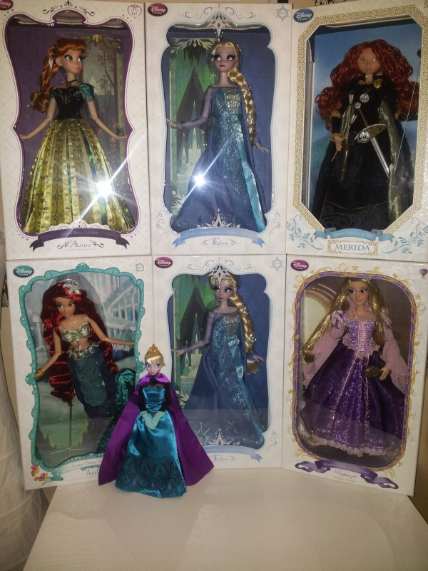 Disney Store Poupées Limited Edition 17'' (depuis 2009) 25114420140206153224