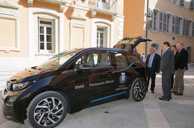 BMW i partenaire « électrique » de la ville de Saint-Tropez 254120P90215174highRespartnershipbmwi3s