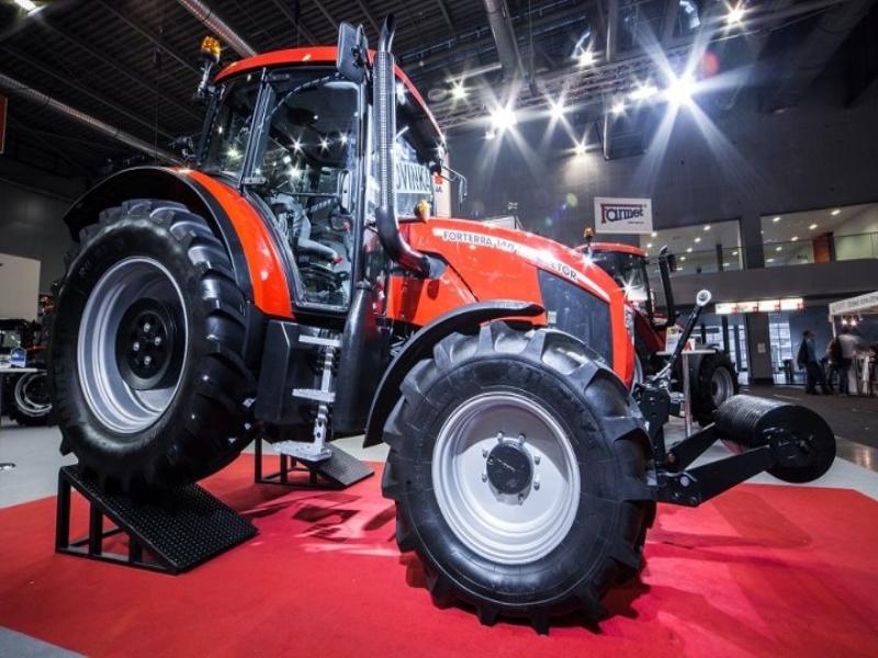 Photos de tracteurs Zetor  - Page 2 2550115348374280857705404231529591671n