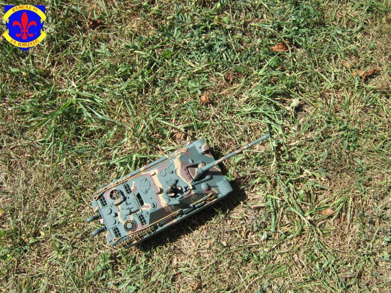 Jagdpanther Sd Kfz 173 de Tamiya au 1/35° 255907IMG1160L