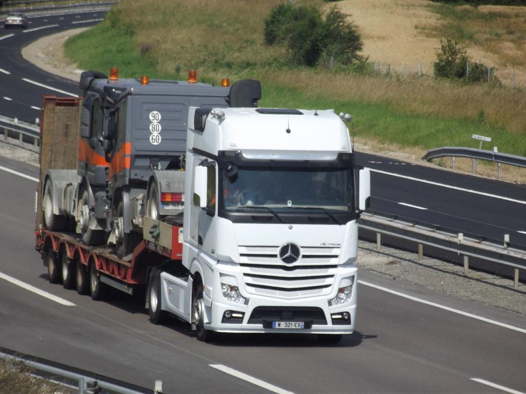 Mercedes Actros MP4 (euro 6 )  - Page 5 257007photoscamionjuin2013043