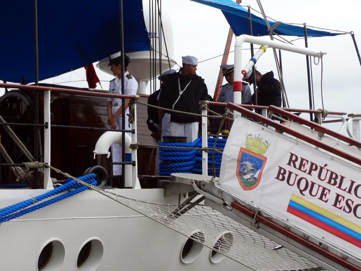 [ Marine à voile ] Simon Bolivar 2576313212