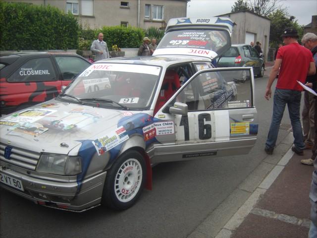 31è Rallye Tessy sur Vire Gouvets 2012 (vérifications techniques)  258684Sep01775