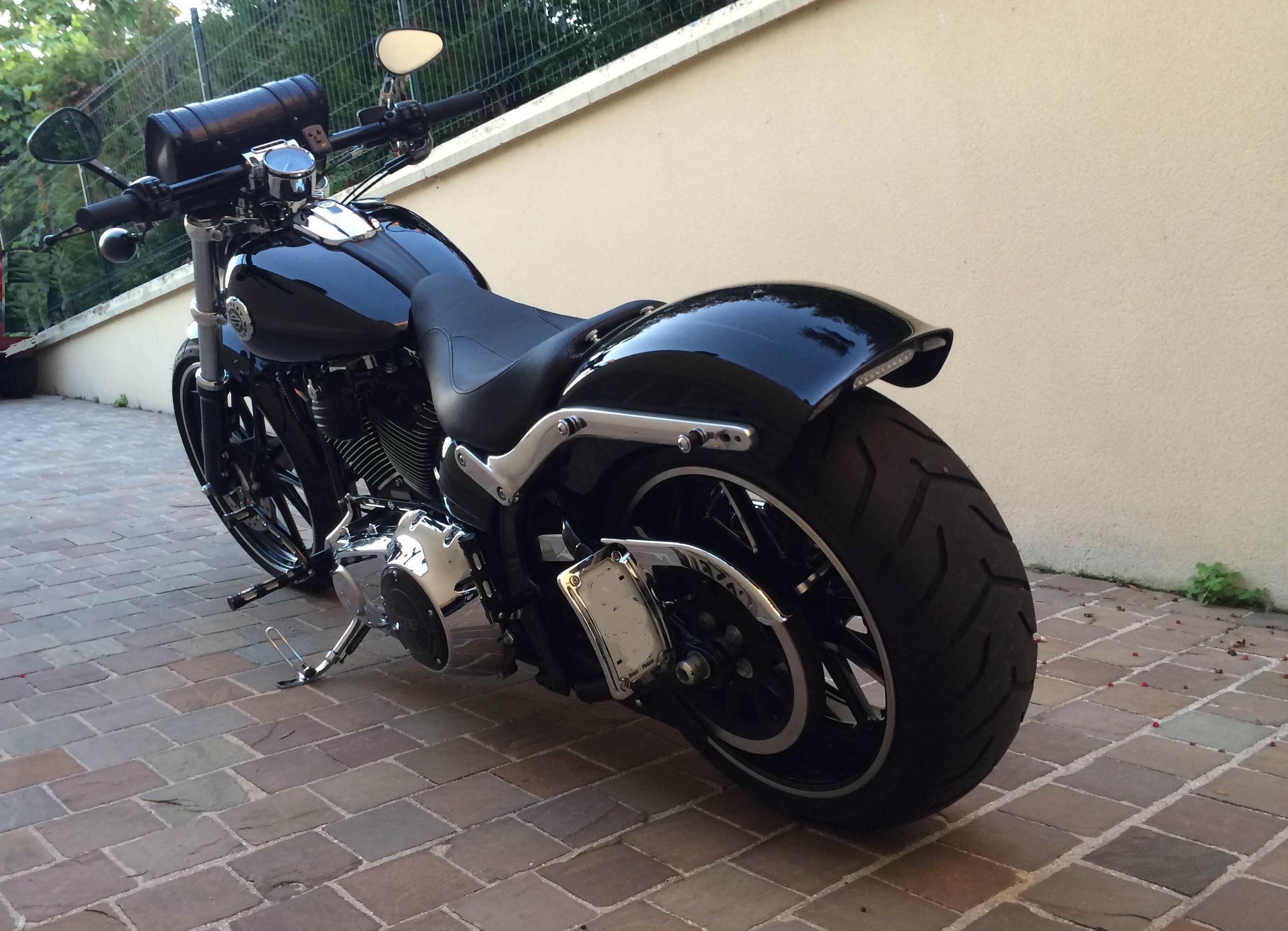 Combien de breakoutboy sur le Forum Passion-Harley ?? - Page 2 2600722013101