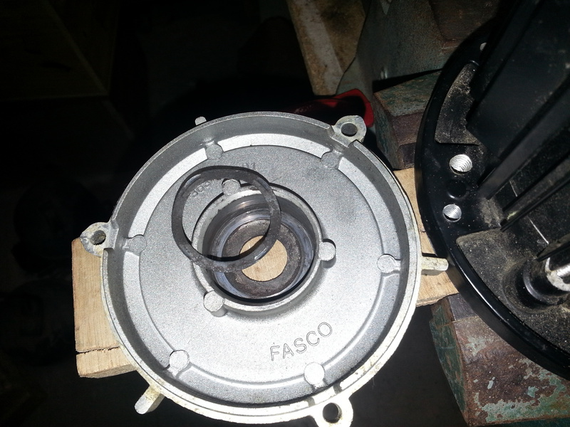 moteur bruyant 26025920150503184713small