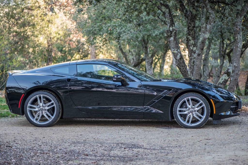 C7 coupé noire.........  260312DSC2097