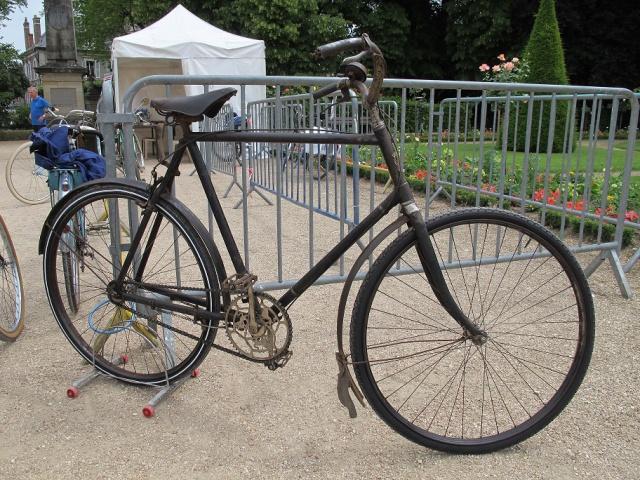 2ème Bourges Rétro Vélo  260577IMG5592