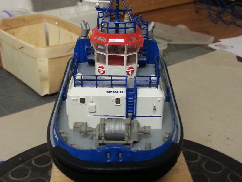 FAIRPLAY Harbour Tug Boat de Revell au 1:144  262090lolo010