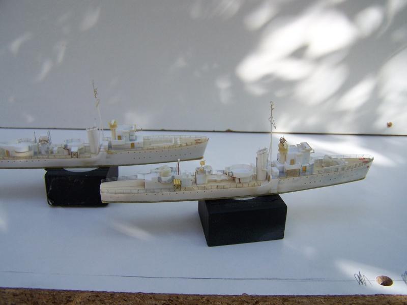 Destroyers classe Hunt type 2 et 3 - Page 2 262347Hutn2et3017