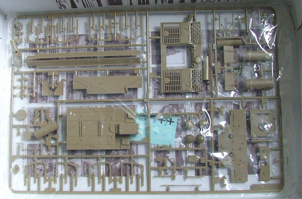 STURMTIGER [ TAMIYA 177 ] +Photodécoupe [ EDUARD 35381 & 35366]  (Montage en cours) 262962DSCF0580