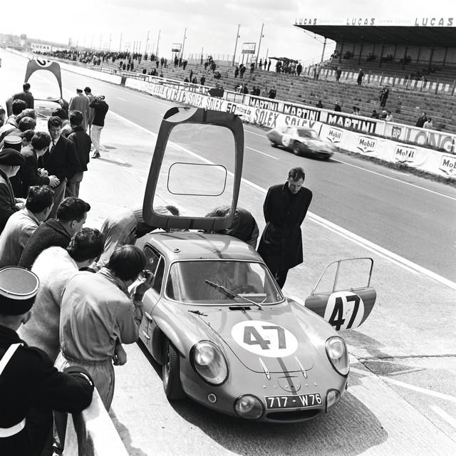 Alpine présent en force pour l'édition 2016 du Mans Classic 2636976934216