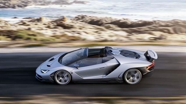 Lamborghini a dévoilé sa Centenario Roadster à Pebble Beach  266701gallery2