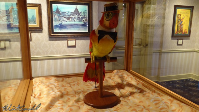 [Disneyland Park] The Disney Gallery - Exposition Tiki, Tiki, Tiki Realms, Celebrating 50 Years of Enchantment 27187369t2