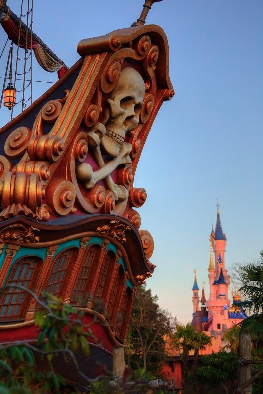 Photos de Disneyland Paris en HDR (High Dynamic Range) ! - Page 37 275636LeGalionetleChteauHDR6D