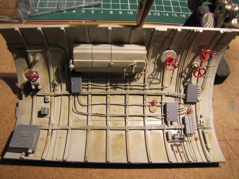 U-552 TRUMPETER Echelle 1/48 - Page 3 276226zee