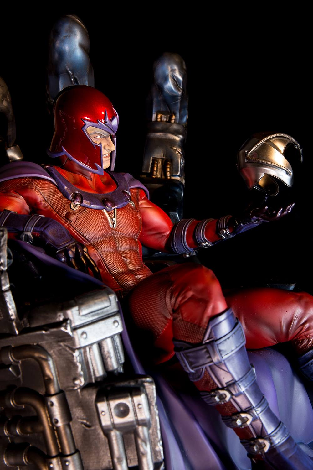 Premium Collectibles : Magneto on Sentinel Throne - Page 6 277201104995191404925926394769880232435846358036o