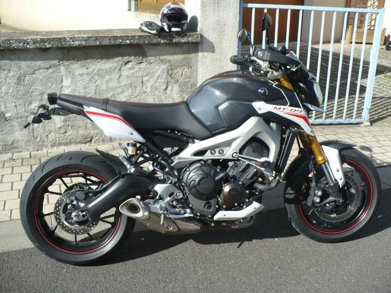 Photos de toutes les Yamaha MT-09 du forum ! :) 277656YPhiltraere