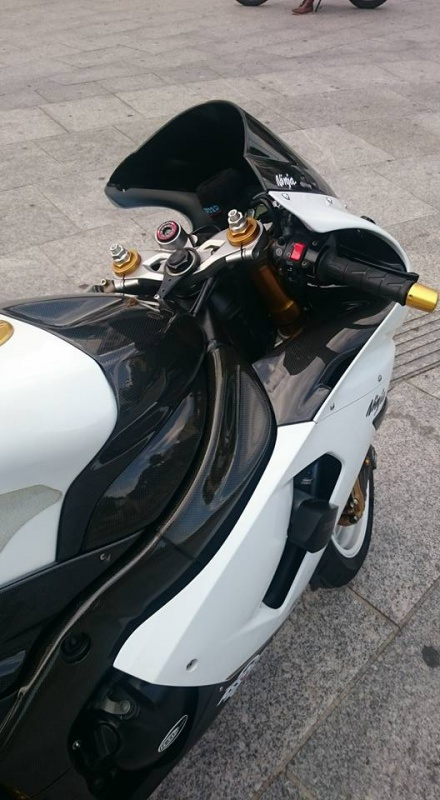 ZX6R 2005 WHITE - Page 2 2814391122270215919370044062147267757854917541554n