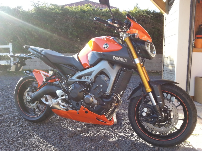Photos de toutes les Yamaha MT-09 du forum ! :) 284025YJivoitoubo