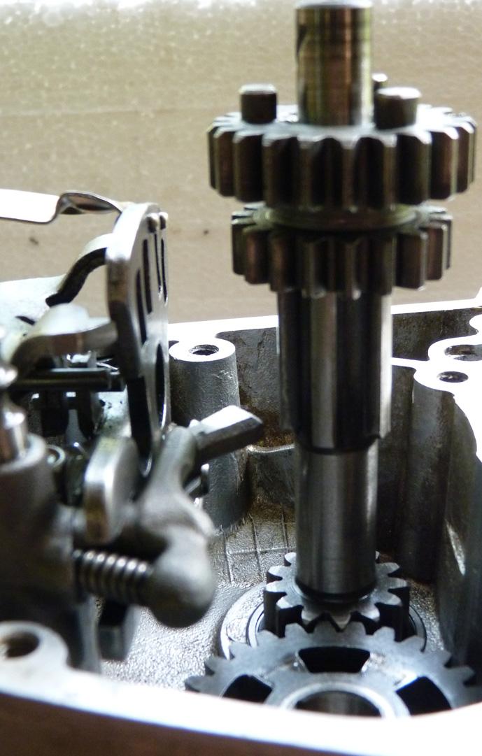 remontage d'un bas moteur d'une 125 TS 287956P1060184