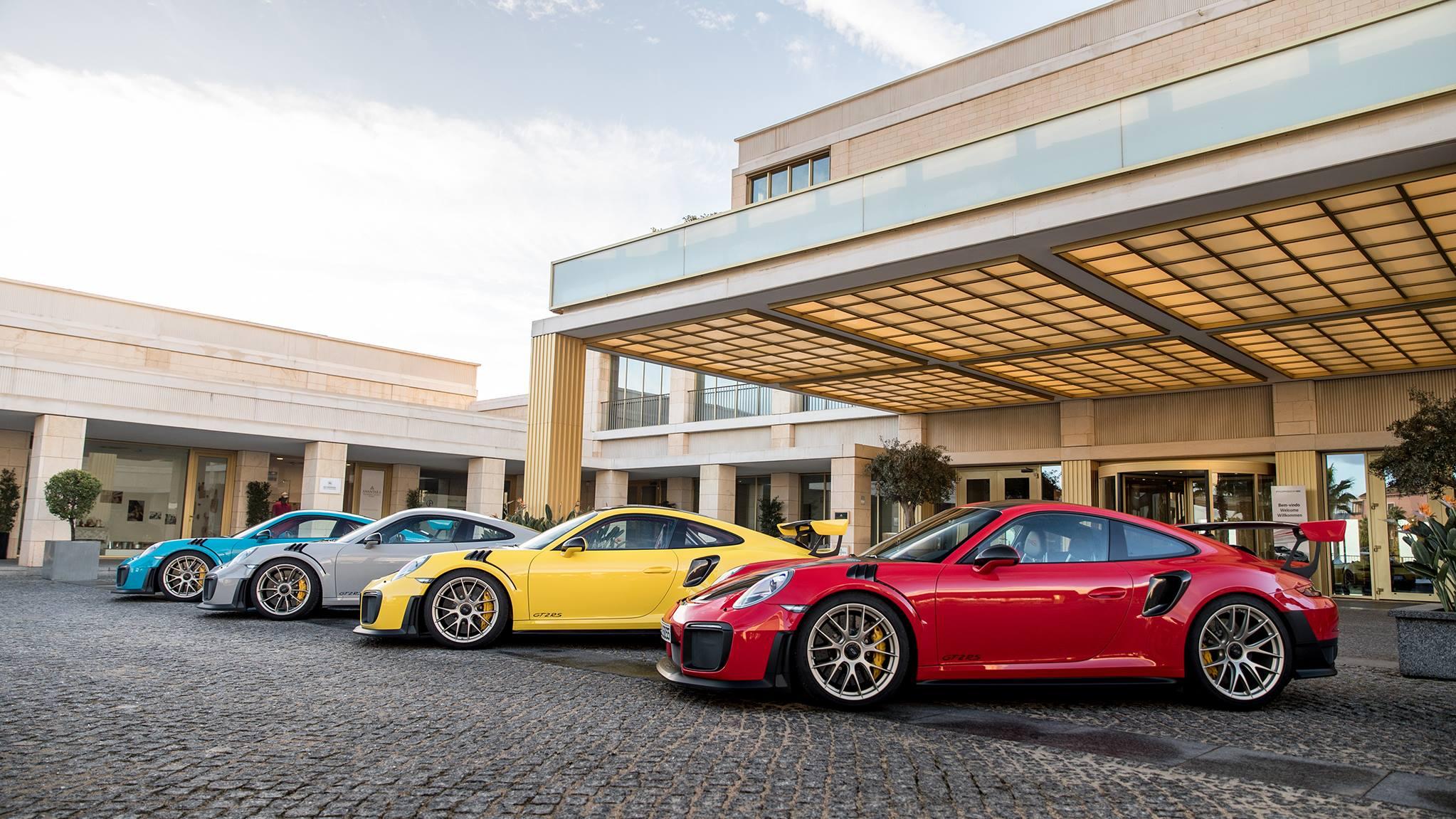Quelle couleur préférez vous ?  2884472382609515091041158223296533925948513268695o