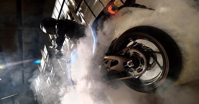Suzuki dévoile son nouveau roadster au cœur de sportive 288642gsxs1000al6action6